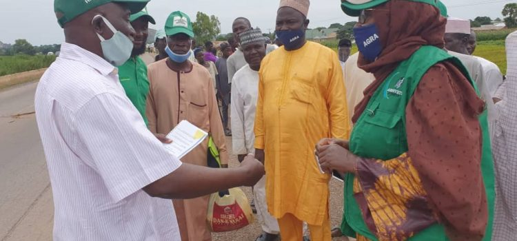 Kaduna State Commissioner of Agriculture visits farmers' demonstration sites at Premier seeds in Zaria